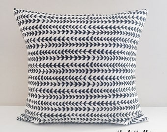 Laurel Leaf Modern Throw Pillow Cover