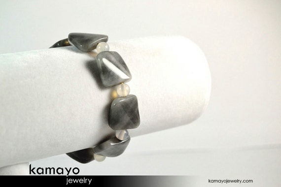 GREY AGATE BRACELET - Square Gray Chalcedony Beads - 14K Gold Filled Findings - 7.5 Inches