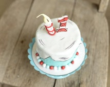 Dr Seuss Cake topper