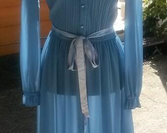Shear Mod Dress 1960s by DISCOVERY