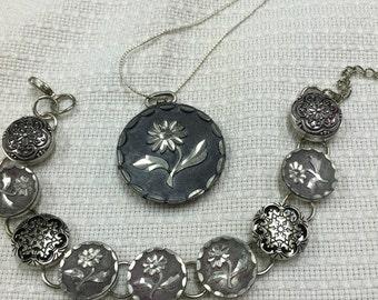 Antique button bracelet set