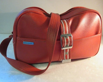 Vintage 1980's Red PVC Sports Handbag By 'Samsonite' - Really Cute!!