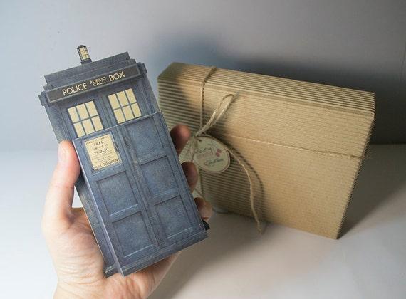 Large Tardis Doctor Who emotibox funny greeting card doctor