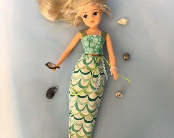 Mermaid outfit for Sindy, Barbie and Princess dolls.