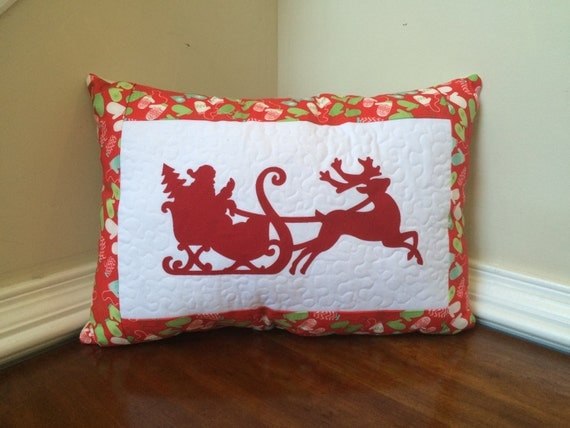 Quilted Christmas pillow, Quilted Santa pillow, Christmas pillow, Santa pillow, Applique Christmas pillow
