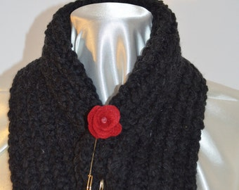 Scarf neck warmer, as the black alpaca wool, very soft, with assorted brooch, pink flower shape