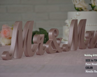 Rose Gold Mr & Mrs Sweet Heart Table Sign, Freestanding Mr and Mrs sign, Sweetheart table, Reception, Bridal Decoration