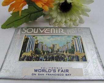 1915 California World's Fair on San Francisco Bay Souvenir Post Card Packet