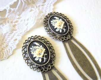 Rose Cameo Bookmark, Antiqued Brass Bookmark, Vintage Style Gift