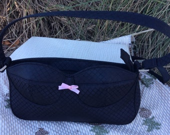 Black bra purse vintage 90s with pink bow, perfect condition. Never used.