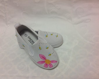 Cute bees girls shoes