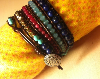 Semi-precious stones bracelet & leather