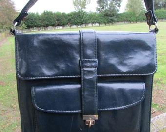 1960's handbag, navy blue, patent leather