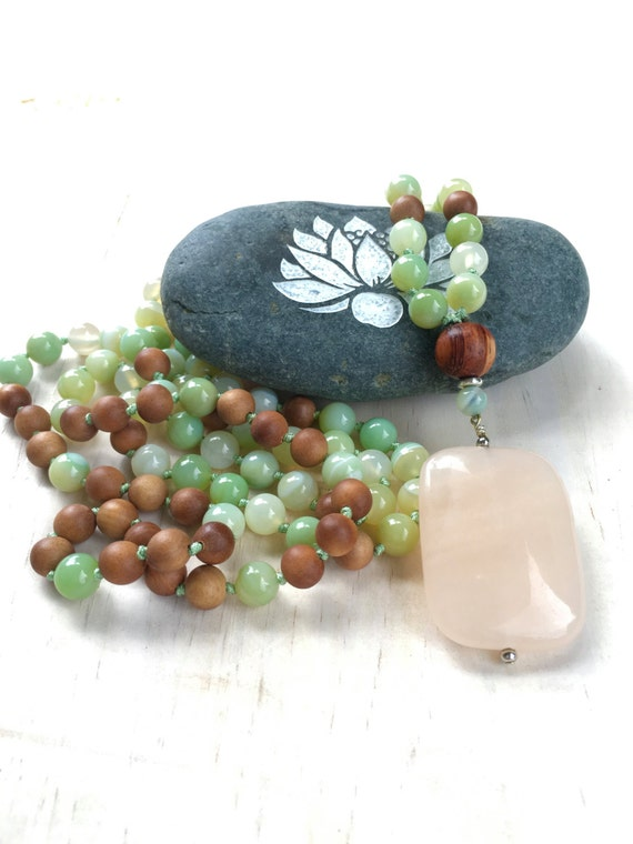 Peach Jade and Green Agate Mala Beads, 108 Bead Knotted Mala, Calming Mala Beads, Sandalwood and Gemstone Mala Necklace