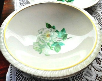 Hanover Silver Rose Dinnerware - 5 Soup Coupe Bowls - White Floral With A Rippled Border