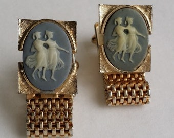 Amazing Vintage Gold Tone Incolay Cameo Mesh Wrap Cufflinks