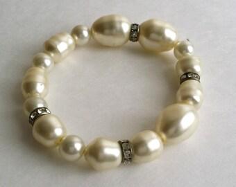 Vintage Faux Pearl Clear Rhinestone Bead Beaded Slip On Expandable Bracelet