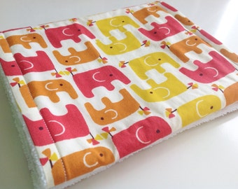 Burp cloth - Modern burp cloth - Elephant burp cloth - Girly burp cloth - Baby burp cloth - Pink and yellow burp cloth - New baby gift