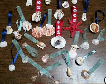 set of 4 sea shell ornaments, perfect party favors.