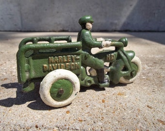 Cast Iron GREEN HARLEY DAVIDSON Toy Crash Car Motorcycle! 3 Wheeled Hd Cycle Motorbike