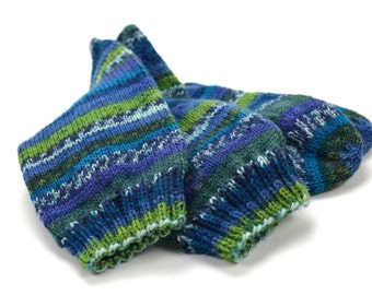 hand knitted wool socks, UK 6-7  US 7,5-8,5