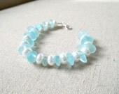 "Blue Sea Glass, White Preals Bracelet, 7"" bracelet"