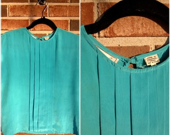 Turquoise Pleated Silky Dressy Tee, M