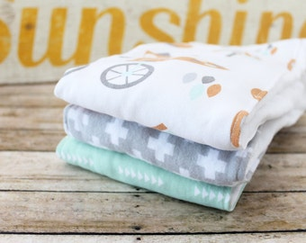 Burp Cloth Set of 3, Baby Burp Cloths, Baby Gift, Baby Shower Gift, Baby Shower, Newborn Burp Cloths, Gender Neutral, Gray-Green-Foxes