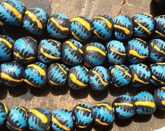 African recycled glass beads, 1 strand, 16 powder round beads, 2 colors