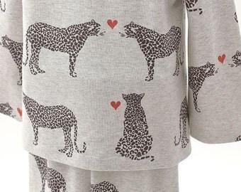 Cheetah Pattern 40s Cotton Interlock Knit Fabric (Oatmeal Color)