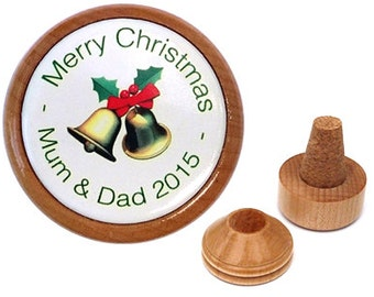 Personalized Christmas wine stopper. Mom and dad gifts. Unique Christmas table decor. Festive home decor. Christmas ornament.