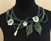 Felted necklace felted flowers felted collar neck warmer felt jewelry green white merino wool beads fiber art accessories wild flower leaves