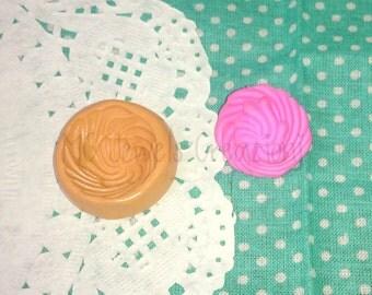 Cream cupcake mould big