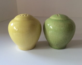 Mid Century Salt and Pepper Shakers. Bauer Pottery Los Angeles, California. Yellow and Green Ceramic Shakers with Holes S and P and Corks