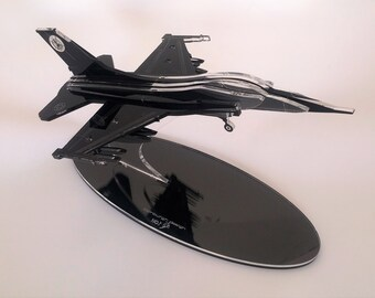 Military Aircraft, F-16 model,3D ,Authentic Models Airplanes, Aircraft Replica Model for Display, fighter pilot gift, Model airplane, Unique