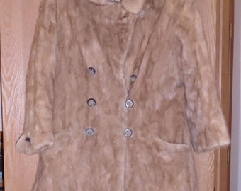 Antique 1950's Blond mink coat warm and toasty! Needs repair