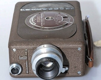 Bell & Howell FILMO 16mm Movie Camera, Vintage Cinema Camera For 16mm Film Stock