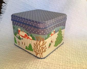 Winter Tin from Potpourri Press, Snow scenes Tin, Holiday Tin, Christmas Tin, Cookie Tin, Candy Tin, Potpourri Press, Greensboro, NC