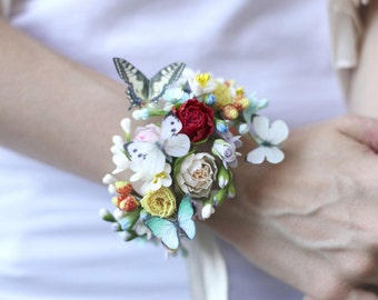 Bracelet with flowers and butterflies