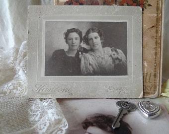 Hanson Antique Vintage Victorian Women Photo Cabinet Card