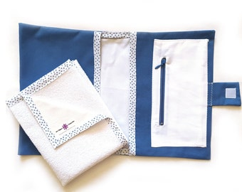 Bag for nappies and wipes with pocket