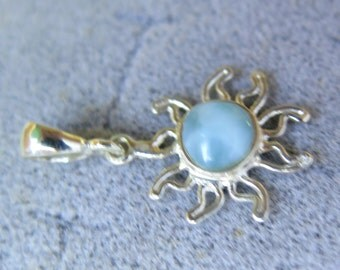 Prettily Light Blue Larimar .925 Sterling Silver Sun Pendant 32mm
