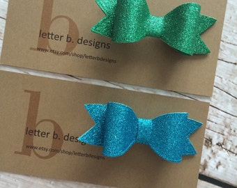 Green or Turquoise Blue Glitter Hairbow on Alligator Clip [select: green or turquoise blue]