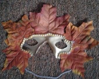 Golden Autumn Leafs Crown half-face Mask