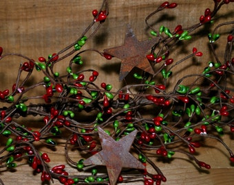 "40"" Red & Green Pip Berry Garland w/ Rusty Stars"