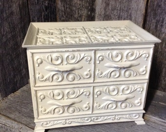 83 -Jewelry Chest - Lerner - Vintage -Resin -Very Ornate - Heirloom White - Distressed