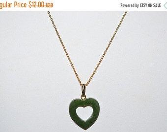 EARLY CHRISTMAS SALE Vintage, Genuine Jade Open Heart Cutout Pendant Necklace (1050050)