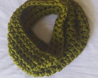 Crocheted Chunky Cowl in Lemongrass Green
