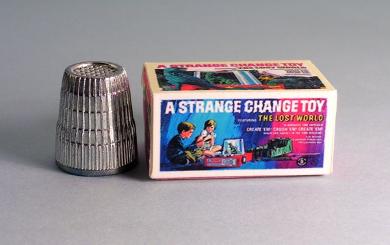 Strange Change Toy : A strange change toy the lost world box dollhouse