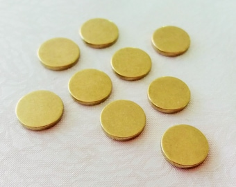 15 Gauge - 15 Pcs Raw Brass 10 mm Round Stamping Blank Disc ( No Hole -Thickness Of 1,5 mm ) 15 Gauge